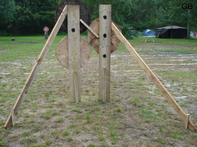 A sturdy construction to hold the target.
