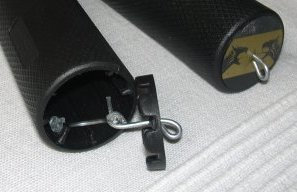 A rubber-steel construction retains the endcap of the Flying Knife throwing knife.