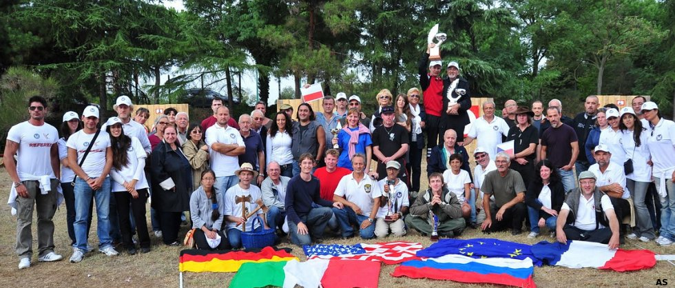 Group photo of the athletes participating in the 10th European Championship in Knife Throwing and Axe Throwing (EuroThrowers association), Rome, September 2010;
