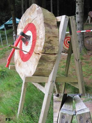 Transportable frame, so that the knife throwing targets can be brought to any place. Just be sure to have some tree rounds there.